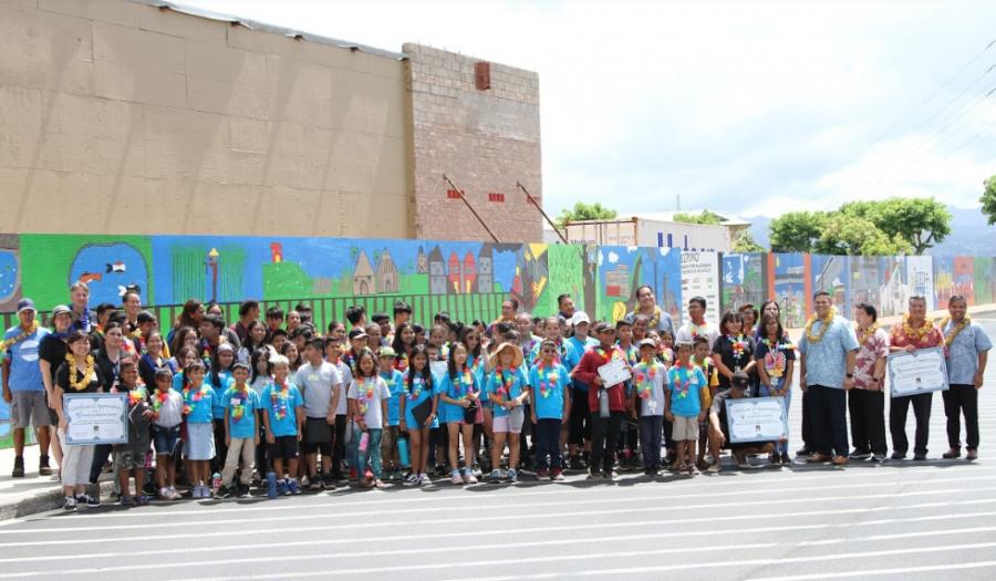 Waipahu students showcase the past, present, and future through Waikele Center murals