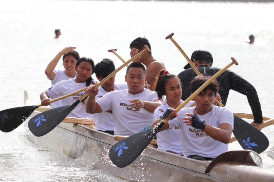Paddling team competes in HHSAA championship